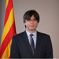 225px-retrat_oficial_del_president_carles_puigdemont_28cropped29