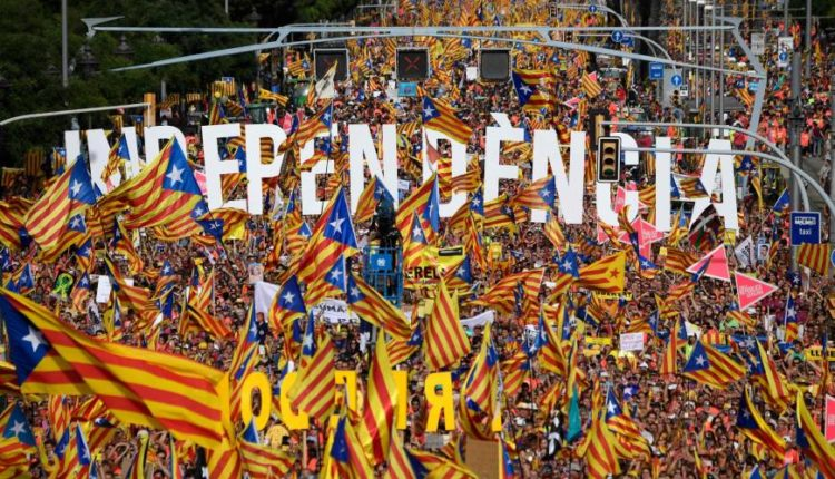 pro-independence-catalonia-protest-750x430