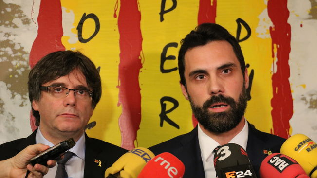 puigdemont-torrent-atenent-mitjans-waterloo_2136396634_58747398_651x366